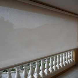 Store à guide extérieur en aluminium Sienne - Store de fenêtre, Pergola bioclimatique Cros - tcva.fr